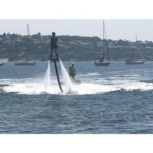200103-090110-flyboard2.jpg