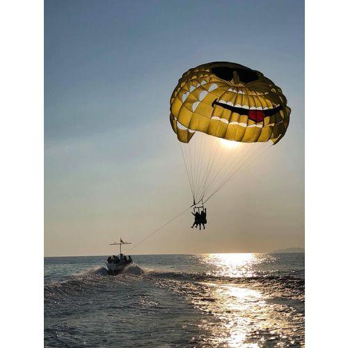 Parachute ascensionnel Bandol coucher de soleil