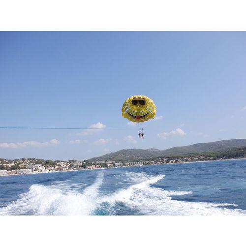 200103-090134-parachute2.jpg